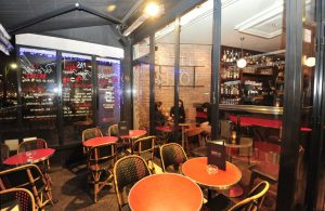 Terrasse-bar-restaurant-lepassage